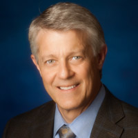 Edward P. Todderud, M.D., orthopedic surgeon, medical director of Center for Joint Health at CHE