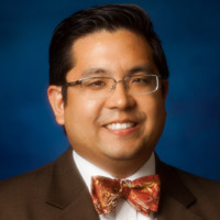 George Feliciano, M.D., orthopedic surgeon, medical director of Center for Joint Health at CHN