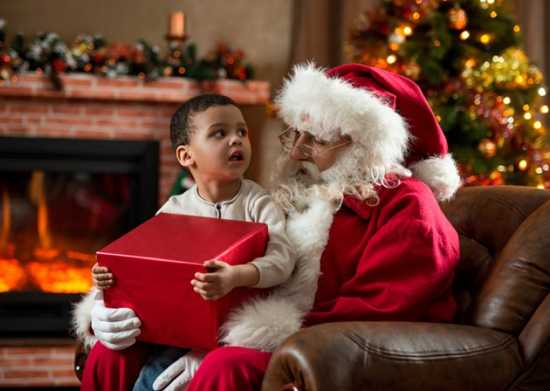 What to do when your child is afraid of Santa