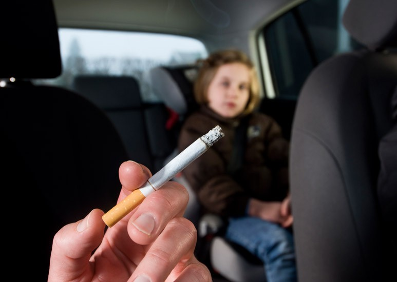 Second-hand smoke in car