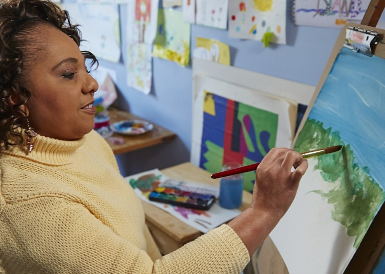 Art therapy is a part of integrated oncology services