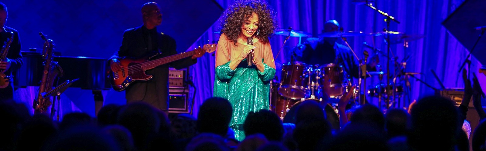 Diana Ross performs at The Giving Gig